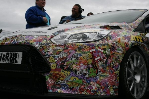 Stickerbomb Car Wrapping